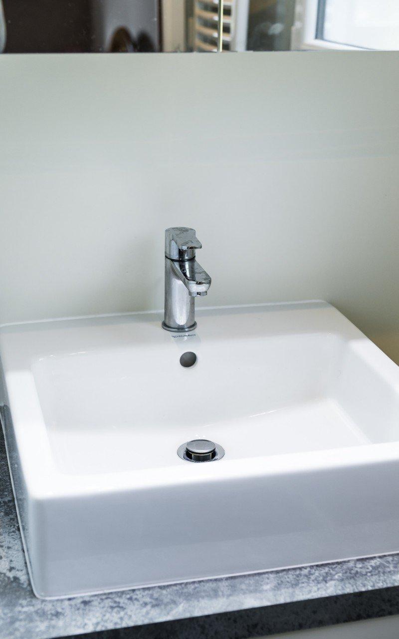 Salle de bains privative agencement la h nonnaise 22 for Agencement salle de bain